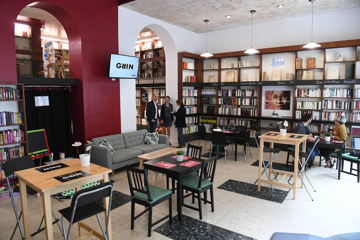 ouverture-de-grin-une-librairie-cafe-au-service-d-un-projet-_4372062